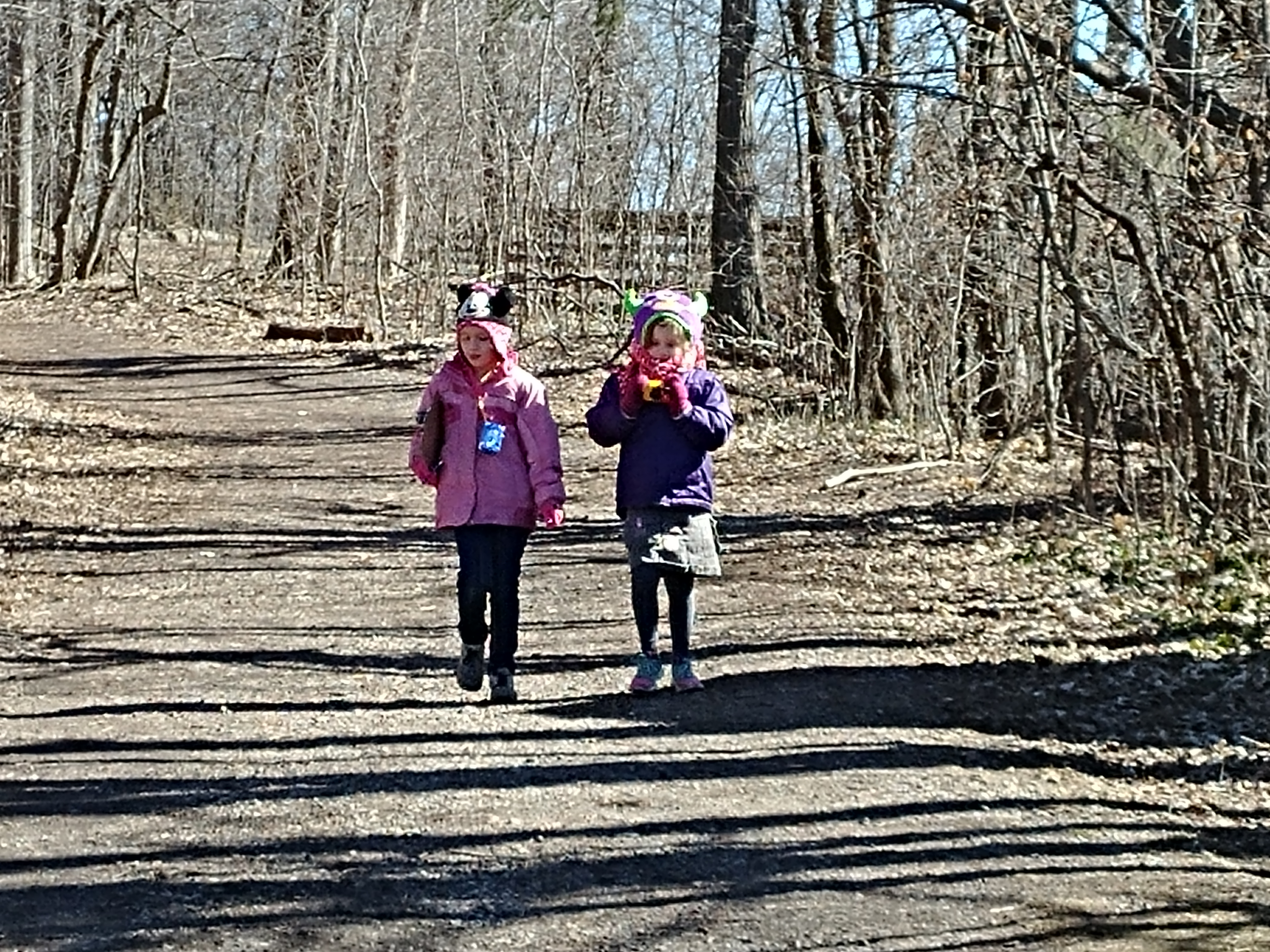 It's spring! Time to get outside and go on a spring scavenger hunt!